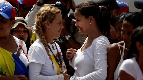 Tausende Frauen protestieren gegen Venezuelas Regierung
