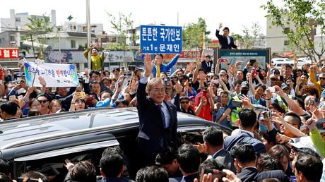 Moon Jae-in, Präsidentschaftskandidat der Demokratischen Partei Südkoreas und ersten Prognosen zufolge nächster Präsident, in Chungju, Südkorea, 7. Mai 2017.