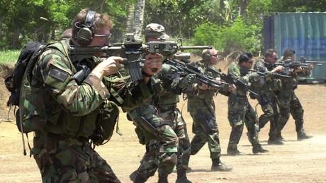 Symbolbild - US-Spezialeinheiten bei einem Schießtraining in den Philippinen, Mai 2002