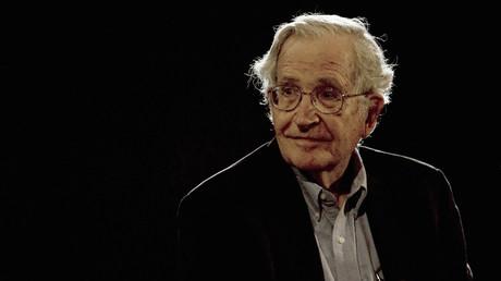 Der amerikanische Linguist und Philosoph Noam Chomsky bei einer Veranstaltung in Mexiko-City, 21. September 2009.
