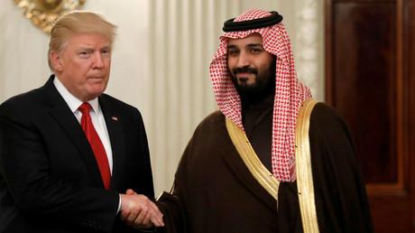 Bei einem Besuch des saudischen Kronprinzen und Verteidigungsministers Mohammed bin Salman bereitet Donald Trump die bisher umfangreichsten Waffengeschäfte mit der Golfmonarchie vor, 14. März 2017.