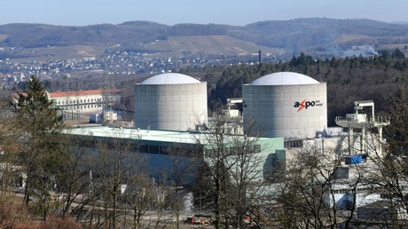Volksabstimmung über Atomausstieg in der Schweiz. Auf dem Archivbild: Die Reaktorblöcke des Kernkraftwerks Beznau