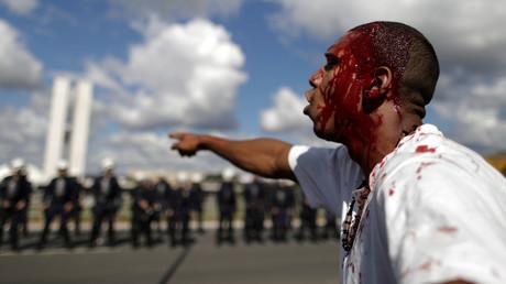 Ein verletzter Demonstrant bei den Protesten gegen Korruption in Brasiliens Hauptstadt Brasilia, 24. Ma 2017.