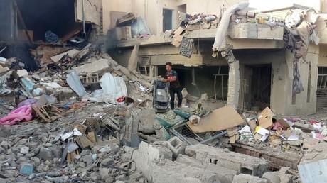 Zivile Wohngebäude nach Bombardement durch die US-geführte Anti-IS-Koalition in Mosul, Irak.