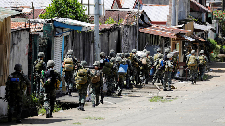 Mindestens zehn philippinische Soldaten von eigener Luftwaffe getötet