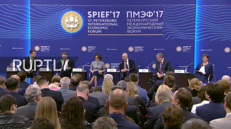 Live vom ersten Tag des Internationalen Wirschaftsforum 2017 in Sankt Petersburg