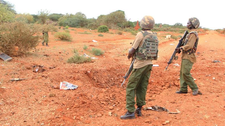 Sprengsatz tötet sieben Polizisten in Kenia
