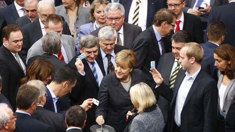 Bundestag stimmt mehrheitlich für Grundgesetzänderung zur Autobahnreform