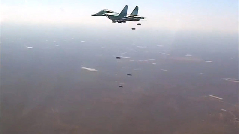 Russische Flugzeuge töten 80 IS-Kämpfer bei Rakka