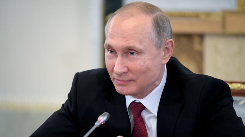 Wladimir Putin wird auf Plenarsitzung  des Petersburger Wirtschaftsforums auftreten