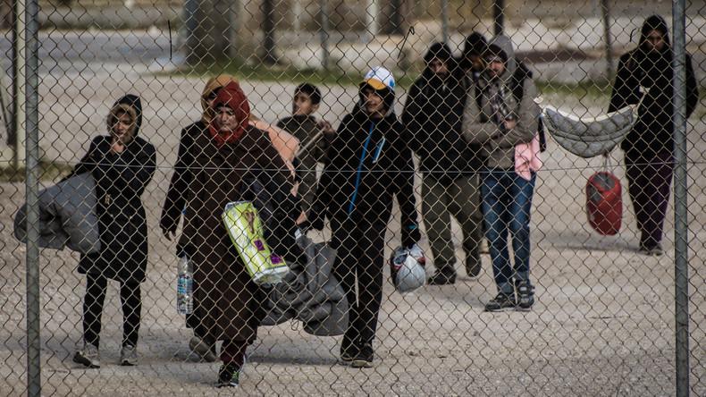 "Griechenland räumt berüchtigtes Flüchtlingslager ""Hellinikon"""