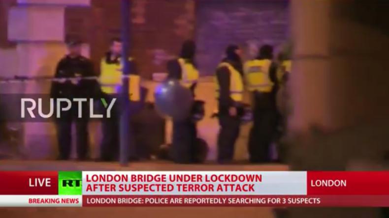 Live-Berichterstattung zu London: Transporter rast in Menschenmenge