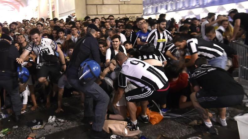 Panik beim Public Viewing in Turin - Mehr als 1.500 Verletzte, Kind in Lebensgefahr