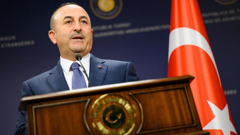 Türkischer Außenminister Cavusoglu: Europäische Geheimdienste nutzen Journalisten als Agenten