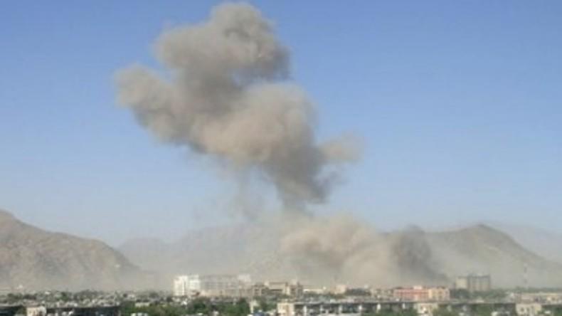 Raketeneinschlag in Kabul während Friedenskonferenz