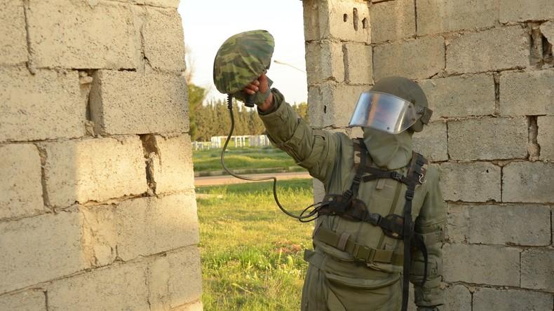 Syrische Militärpioniere beginnen mit Entschärfung von Sprengsätzen in Homs