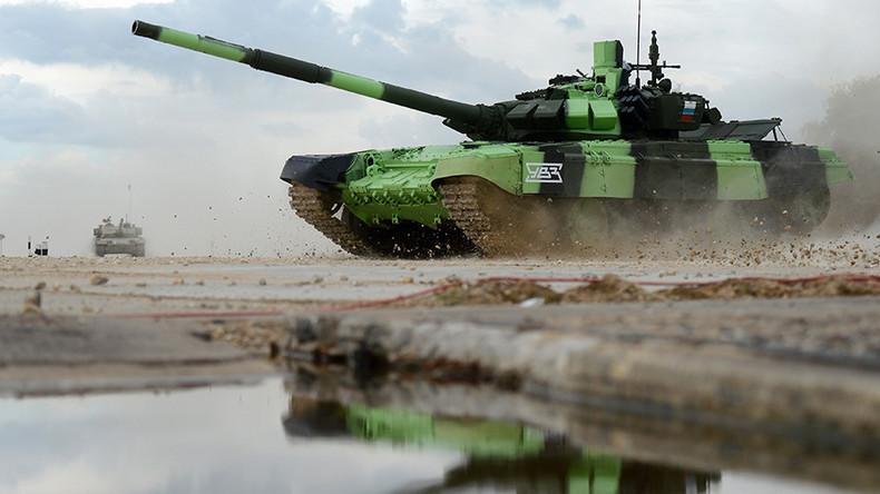"""""""Zeit für Konfrontation"""" – Russische Soldaten werfen NATO den Fehdehandschuh für Panzer-Challenge zu"""