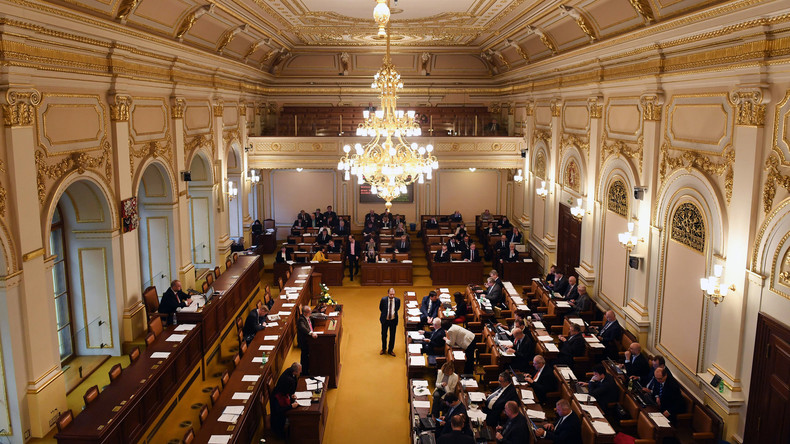Immunität von zwei tschechischen Abgeordneten wegen Machenschaften mit EU-Subventionen aufgehoben