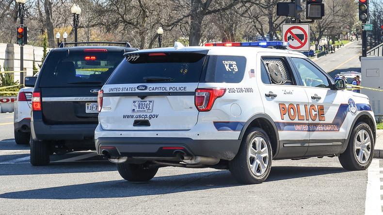 Fahrzeug rammt Polizisten in Washington - Insassen festgenommen