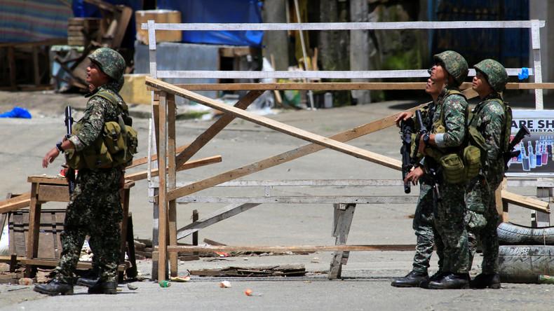 US-Spezialkräften helfen Soldaten in Marawi