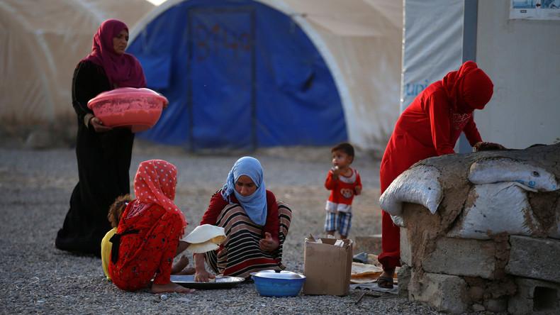 Rund 800 Menschen erkranken in Flüchtlingslager bei Mossul durch Lebensmittelvergiftung