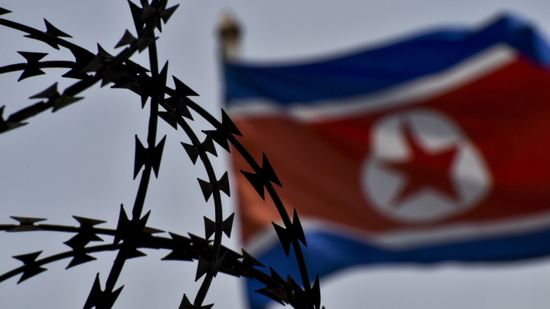 Nach Vorwürfen des Diebstahls von Propaganda-Schild: Nordkorea lässt US-Bürger Warmbier frei