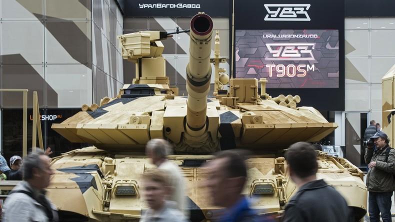 Ägypten erwägt Kauf von bis zu 500 hochmodernen Kampfpanzern aus Russland