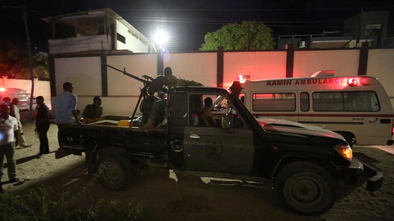 Mindestens zwölf Menschen sterben bei Anschlag auf Restaurants in Mogadischu