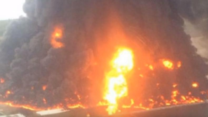 Ein Toter und neun Verletzte bei Großbrand in Raffinerie in Mexiko