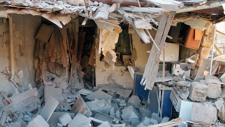 """Bevölkerung des Donbass im Granatenhagel: """"Die Nationalgarde beschießt uns, nicht der Russe"""""""
