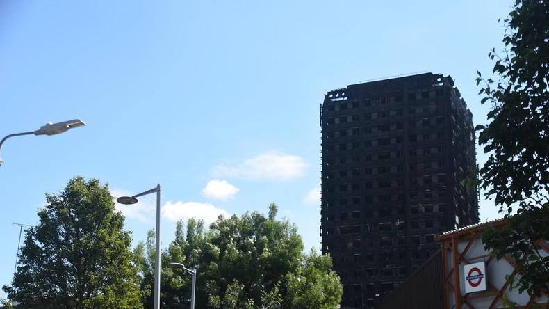 Londoner Hochhausbrand: Wütende Demonstranten dringen in Rathaus ein