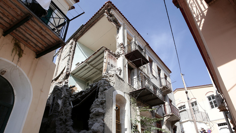Schweres Erdbeben erschüttert türkische Ägäisküste