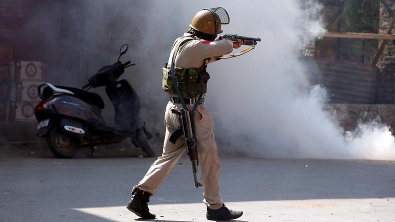 Sechs indische Polizisten sterben bei Überfall von Extremisten in Kaschmir