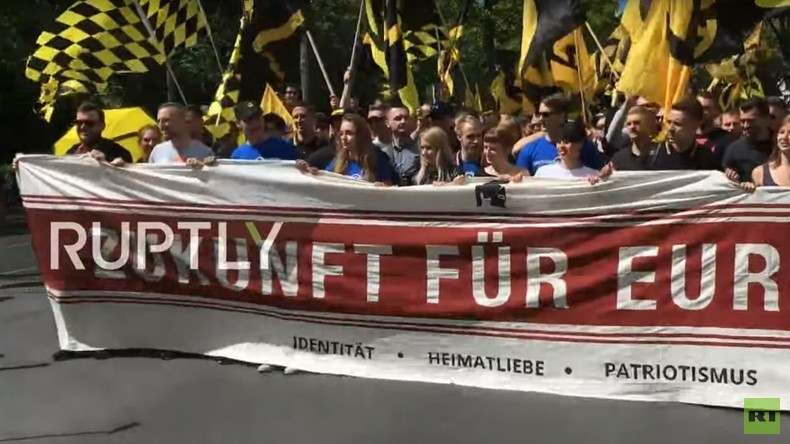"LIVE - Demo der ""Identitären Bewegung"" in Berlin"