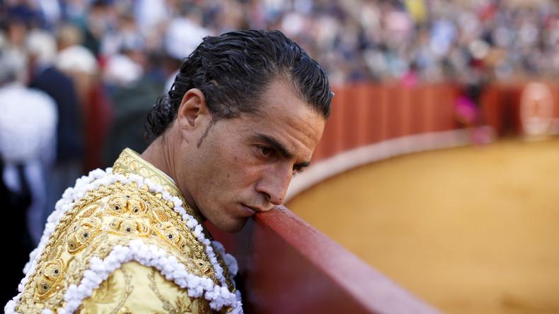 Bulle spießt Torero auf – Stierkämpfer stirbt