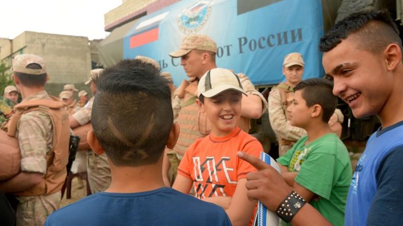 Russische Militärs führen sieben humanitäre Aktionen in Syrien durch