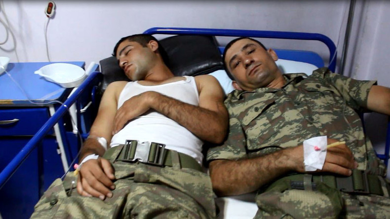 Hunderte türkische Soldaten erleiden Lebensmittelvergiftung in Kaserne
