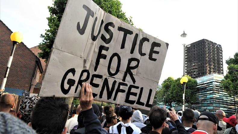 Wut und Trauer in London: Einwohner des Grenfell Towers protestieren gegen die Regierung