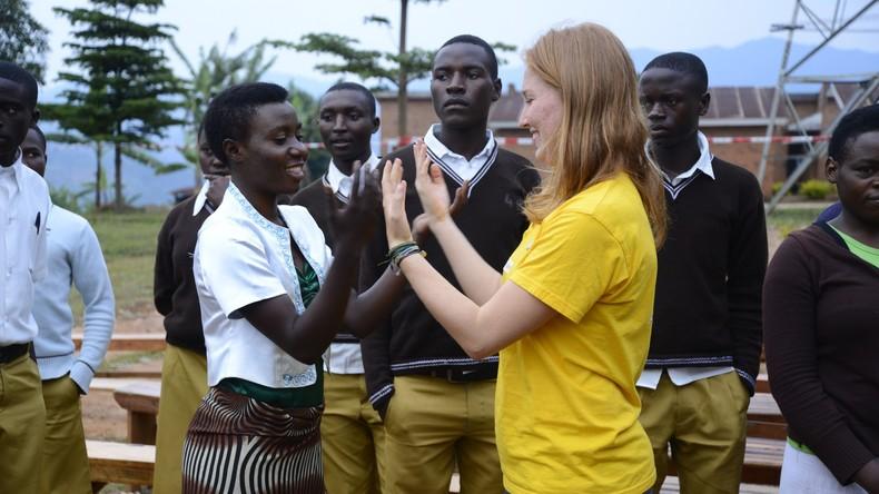 Deutsche Schüler erarbeiten 1,4 Millionen Euro für Afrika