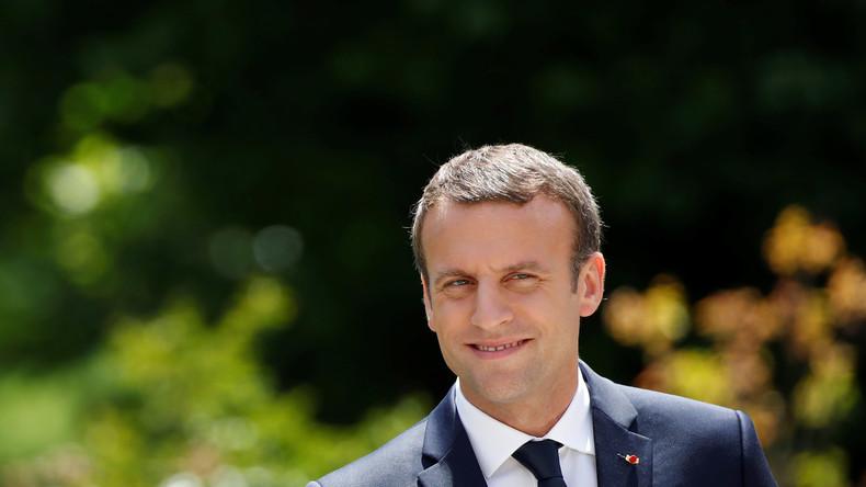 Macron ernennt neue Regierung - Le Drian bleibt Außenminister