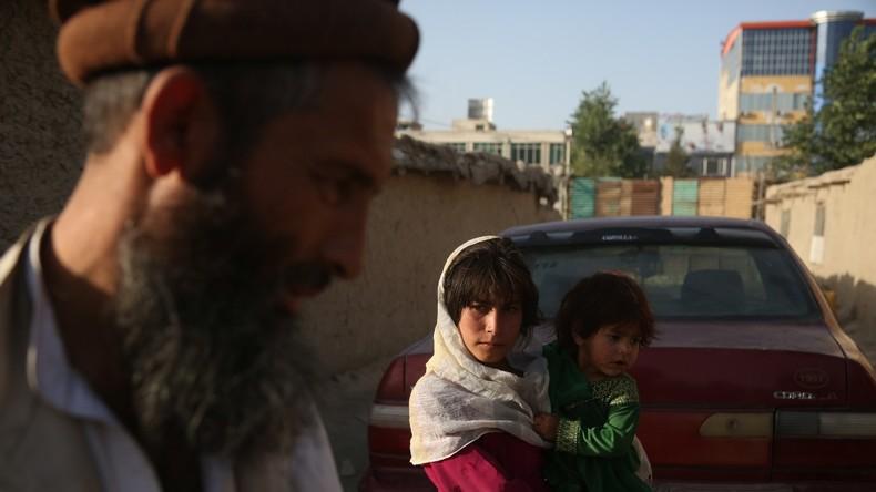 Mindestens 15 Menschen sterben bei Anschlag auf eine Bank in Südafghanistan