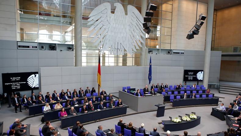 Deutsches Parlament würdigt verstorbenen Altkanzler Kohl