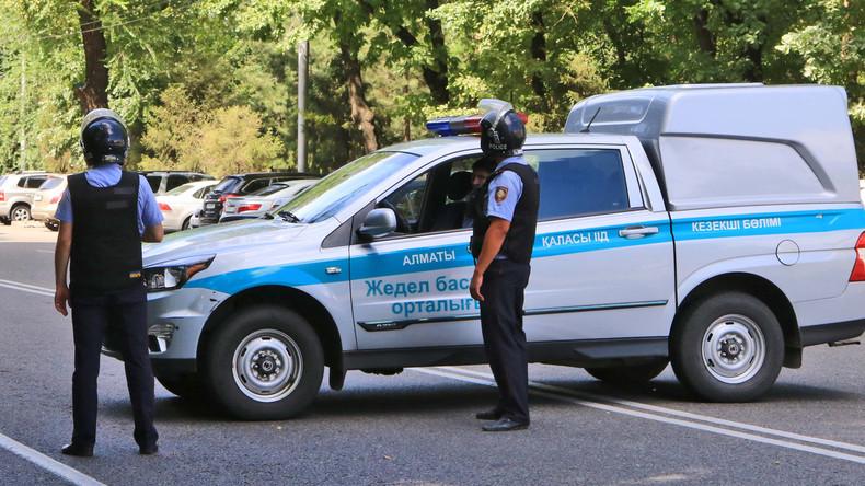 Neun usbekische Gastarbeiter bei Busunfall in Kasachstan getötet