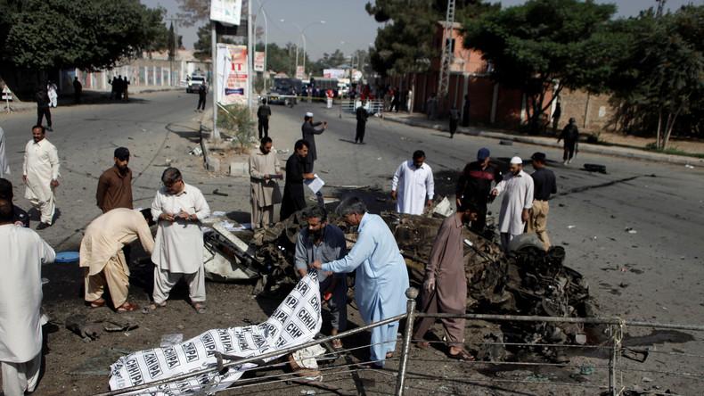Mindestens neun Tote bei Bombenanschlag in Südpakistan