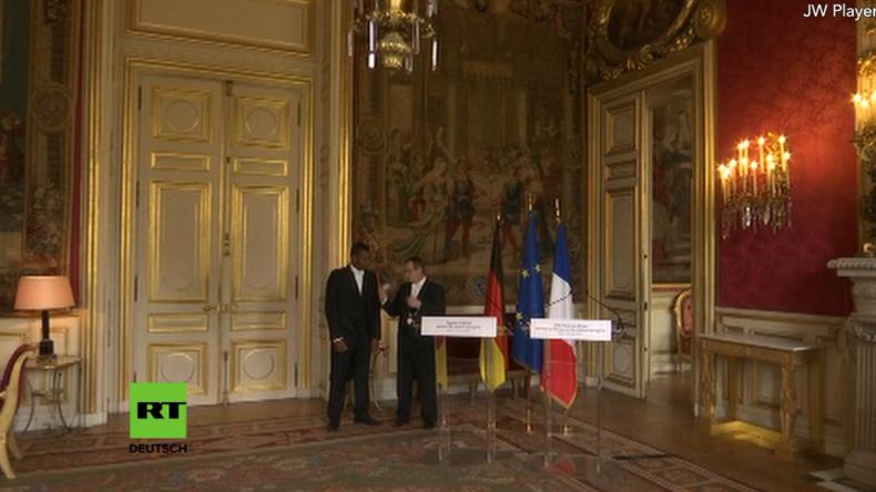 Außenminister Gabriel und sein französischer Amtskollege geben Pressekonferenz nach Treffen in Paris
