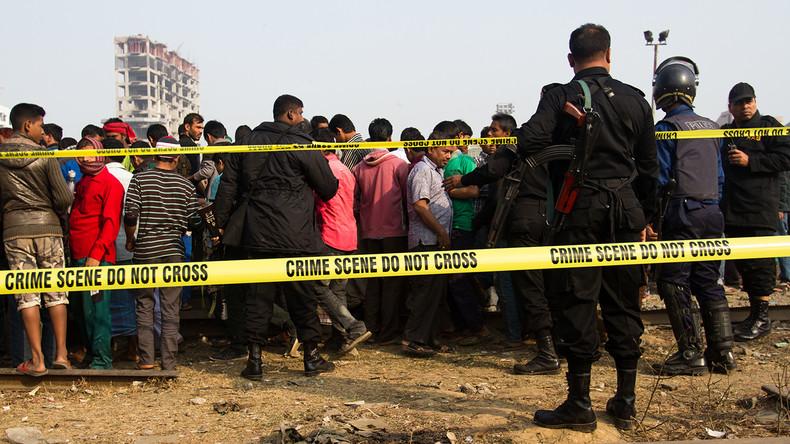 17 Menschen sterben bei Unfall mit Zementlaster in Bangladesch