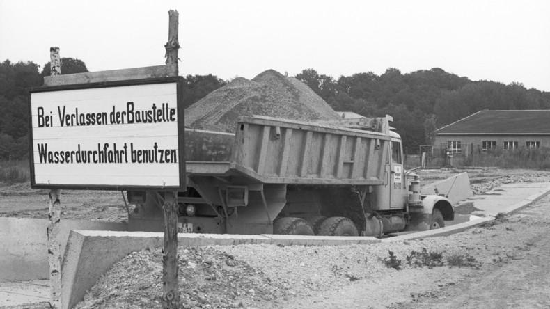 Uranbergbaubetrieb in Thüringen deckt radioaktiven Schlamm nach 25 Jahren ab