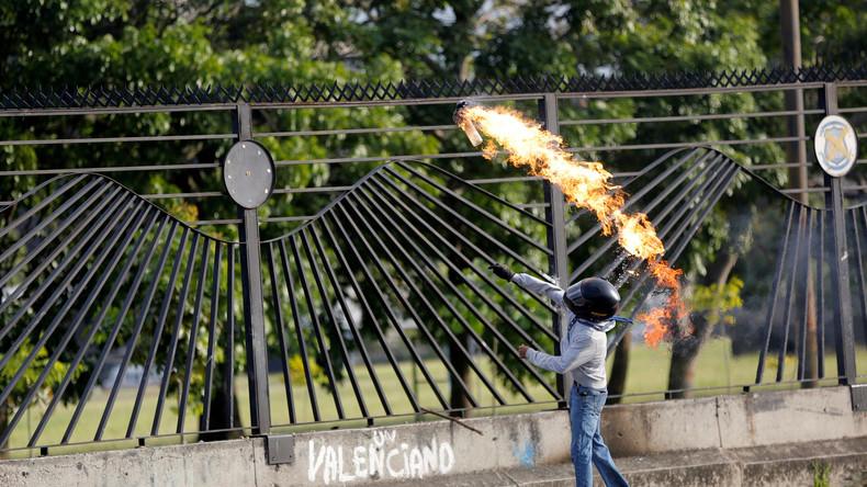Venezuela: Nationalgarde verteidigt Militärbasis gegen Demonstranten