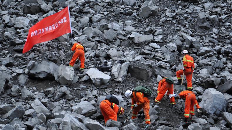 Nach Erdrutsch in China: Hoffnung schwindet für mehr als 100 Vermisste