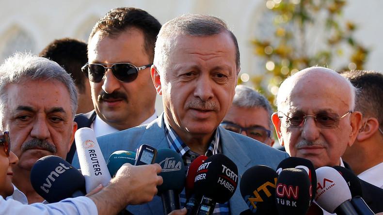 Recep Tayyip Erdoğan nennt Forderung nach Abzug von Truppen aus Katar respektlos